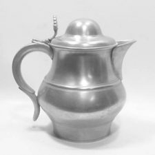 2 Quart Lidded Ale Pitcher