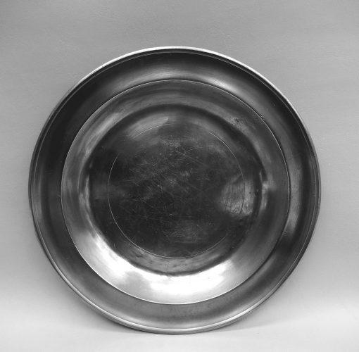 "Blakeslee Barnes 13"" Dish"