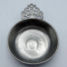 Lee Flowered Handle Porringer 3 ¾""