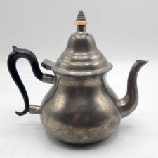 Pewter Queen Anne Teapot by Robert Bush